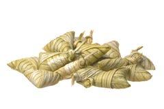 Bolas de masa hervida pegajosas del arroz aisladas Imagenes de archivo