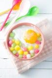 Bolas de masa hervida tailandesas en crema del coco Fotos de archivo