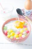 Bolas de masa hervida tailandesas en crema del coco Imagen de archivo libre de regalías