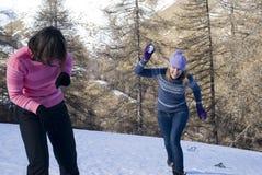 Bolas de nieve del juego Fotos de archivo libres de regalías