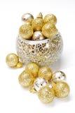 Bolas de oro de la Navidad Foto de archivo libre de regalías