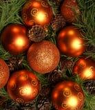 Bolas de oro hermosas de la Navidad imagenes de archivo