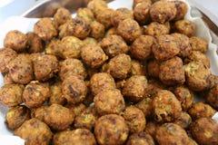 Bolas de pescados cocinadas cerca para arriba Fotos de archivo
