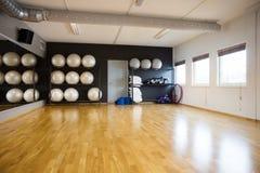 Bolas de Pilate no Gym Imagem de Stock Royalty Free