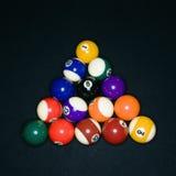 Bolas de piscina en triángulo imágenes de archivo libres de regalías