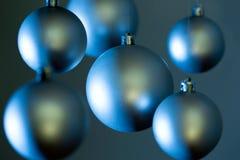 Bolas de plata de la Navidad Foto de archivo libre de regalías