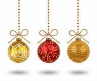 Bolas de suspensão do Natal isoladas no fundo branco Foto de Stock