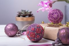 Bolas de Temari, una bola de la artesanía en estilo japonés tradicional Fotos de archivo