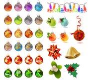 Bolas de vidro do Natal diferente no branco Imagens de Stock