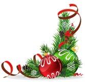 Bolas del árbol de navidad con la cinta roja Imagen de archivo