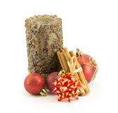 Bolas del Año Nuevo, de la Navidad, decoraciones y regalos Imagen de archivo