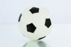 Bolas del deporte, fútbol aisladas Imagen de archivo libre de regalías