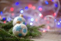 Bolas del ornamento de la Navidad, decoración del árbol de abeto Imagen de archivo libre de regalías