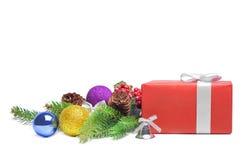 Bolas del rectángulo y de la Navidad de regalo Fotografía de archivo libre de regalías