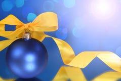 Bolas do azul do Natal Imagens de Stock