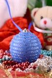 Bolas do Natal, decoração do ano novo, urso de peluche Imagem de Stock Royalty Free