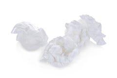 Bolas do papel higiênico isoladas no branco foto de stock