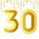 Bolas douradas infláveis com confetes de queda e as fitas de suspensão Trinta anos, símbolo 30 Ilustração do vetor, logotipo ou Foto de Stock