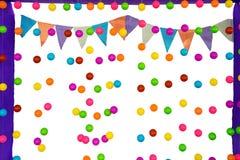 Bolas e bandeira coloridas no fundo Fotografia de Stock Royalty Free