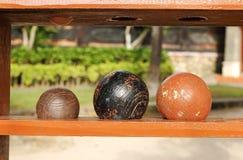 Bolas para o jogo do bocce na praia Fotos de Stock Royalty Free
