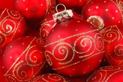 Bolas rojas de la Navidad fotografía de archivo