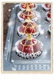 Bolas Toy Baking Sheet Preparation do Natal Imagens de Stock