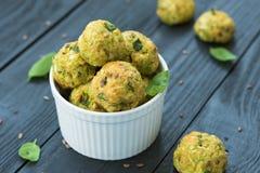 Bolas vegetais com abobrinha e queijo parmesão Fotografia de Stock Royalty Free