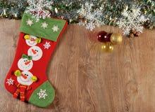 Bolas y bota de la Navidad Foto de archivo libre de regalías