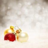 Bolas y copo de nieve de la Navidad Fondo abstracto de la Navidad Foto de archivo libre de regalías