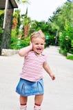 Bolhas da menina e de sabão Fotos de Stock Royalty Free