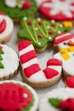 Bolinhos caseiros do Natal - pão-de-espécie foto de stock