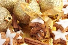 Bolinhos da canela do Natal imagem de stock