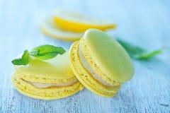 Bolinhos de amêndoa do limão Fotografia de Stock