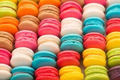 Bolinhos de amêndoa saborosos coloridos Foto de Stock