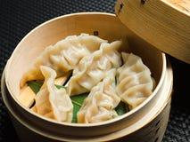 Bolinhos de massa cozinhados asiáticos Fotos de Stock