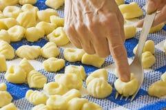 Bolinhos de massa Handmade Imagem de Stock Royalty Free