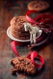 Bolinhos de microplaqueta de chocolate para o Natal Foto de Stock Royalty Free