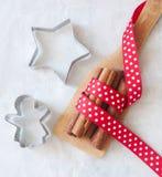 Bolinhos do Natal do cozimento imagem de stock