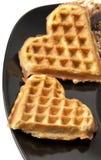 Bolinhos do Waffle na forma do coração Fotografia de Stock Royalty Free