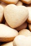 Bolinhos feitos home Heart-shaped fotografia de stock