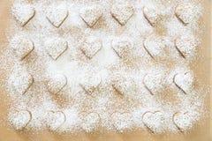 Bolinhos Heart-shaped do Natal foto de stock