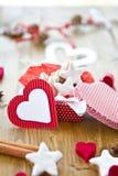 Bolinhos Star-shaped da canela para o Natal fotos de stock