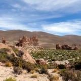 Bolivia: formaciones de roca rojas de la Italia Perdida, o Italia perdida, en la reserva de Eduardo Avaroa Andean Fauna National foto de archivo libre de regalías