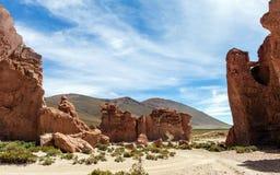 Bolivia: formaciones de roca rojas de la Italia Perdida, o Italia perdida, en la reserva de Eduardo Avaroa Andean Fauna National imágenes de archivo libres de regalías