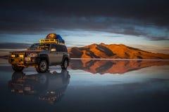 Bolivia jeep royaltyfri bild