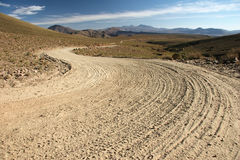 Boliviaanse landlandweg Royalty-vrije Stock Foto