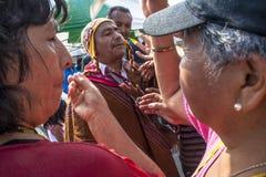 Bolivianska invandrare firar Ekeko, gud av överflöd, i Brasilien Arkivbilder