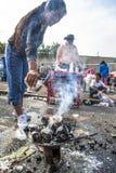 Bolivianska invandrare firar Ekeko, gud av överflöd, i Brasilien Royaltyfri Fotografi