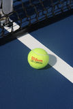 Boll för US OpenWilson tennis på Billie Jean King National Tennis Center Arkivbilder