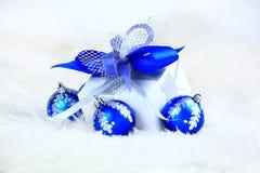bollar box den festliga gåvan Royaltyfri Fotografi